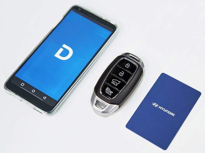 Новые Hyundai Sonata можно будет открывать с помощью смартфона