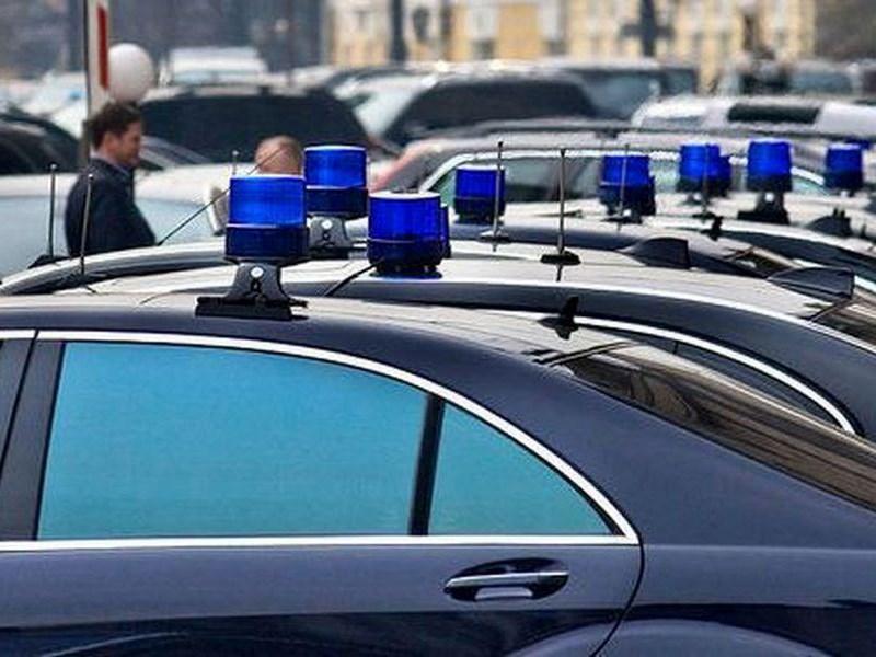 В России станет больше машин с мигалками