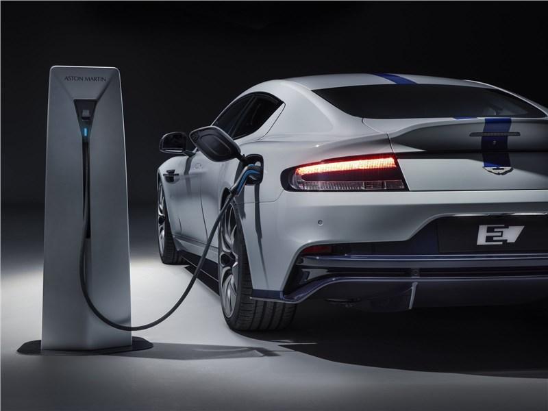 Aston Martin Rapide E 2020 зарядка аккумулятора