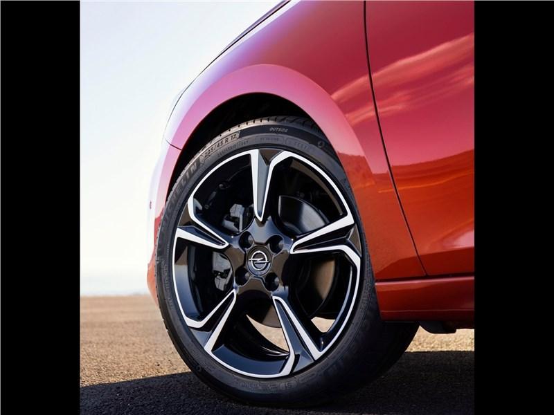 Opel Corsa 2020 колесо
