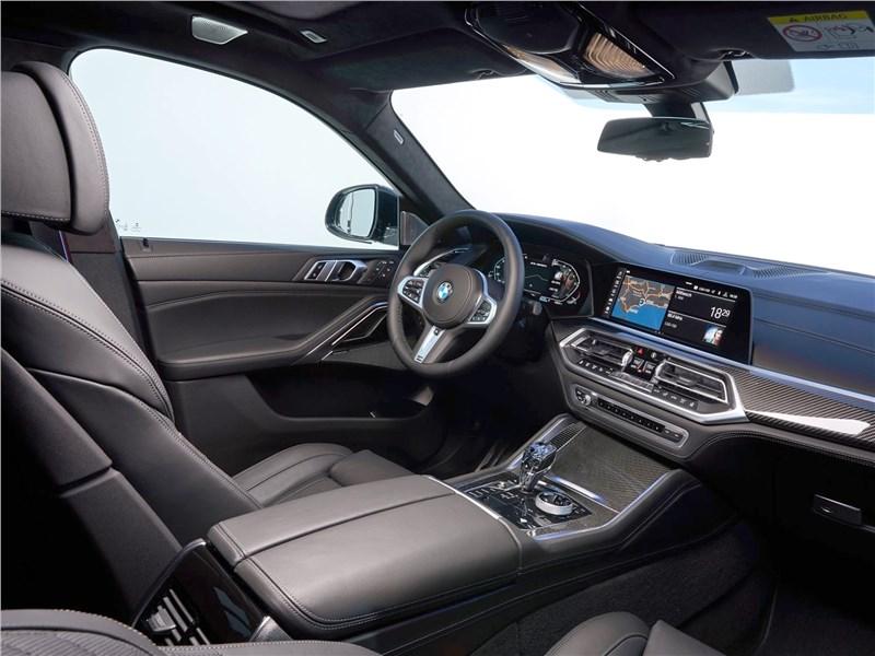 BMW X6 M50i 2020 салон