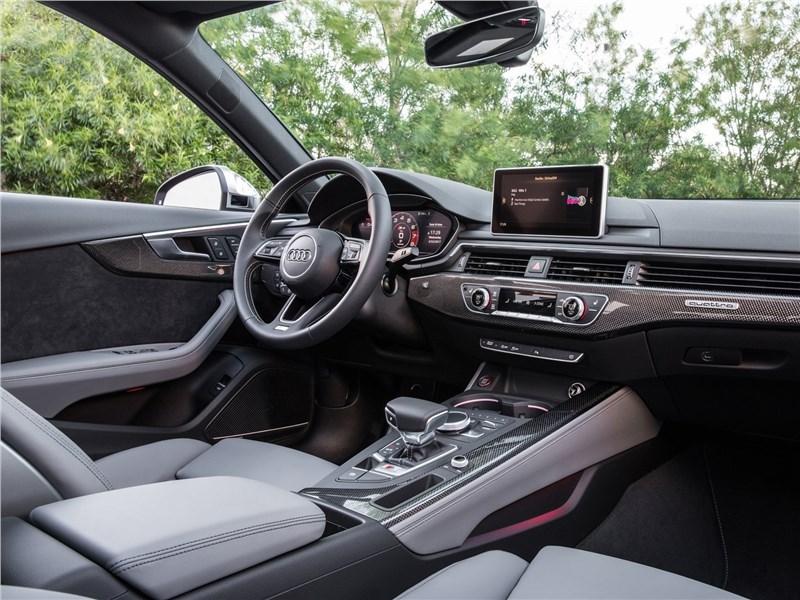 Audi S4 2017 салон