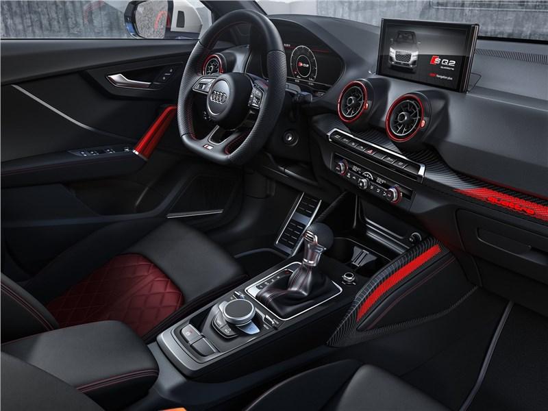 Audi SQ2 2019 салон