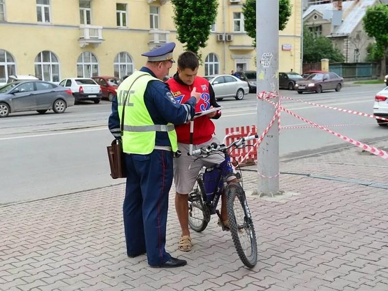 В Госдуме предложили лишать прав за нарушения ПДД на велосипеде Фото Авто Коломна