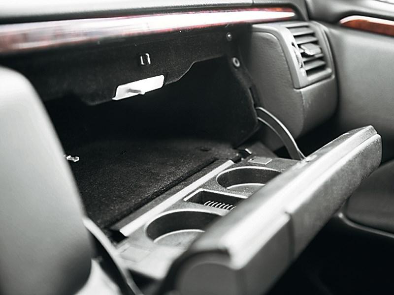 Mercedes-Benz E-Klasse 1996 бардачок