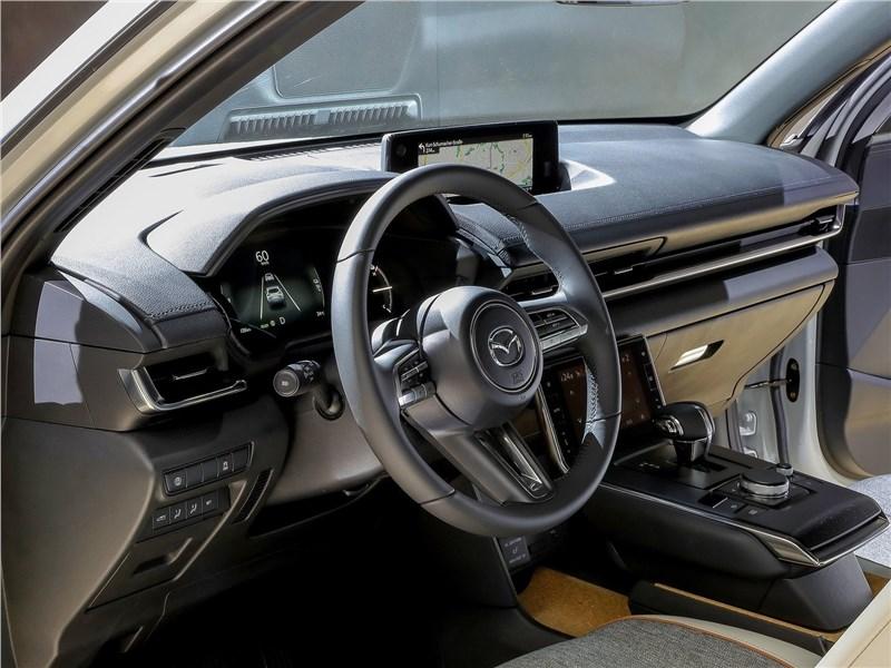 Mazda MX-30 2021 салон