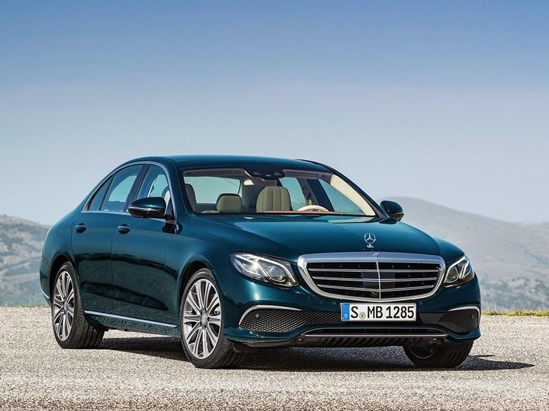 Mercedes-Benz E-Class отзывают. У автомобиля отваливаются детали