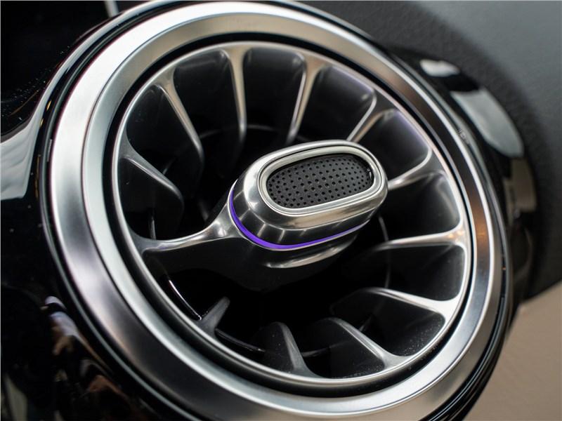 Mercedes-Benz B-Class 2019 дефлектор