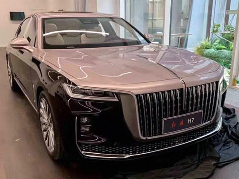 Дизайнеры Rolls Royce нарисовали автомобиль для партии Фото Авто Коломна