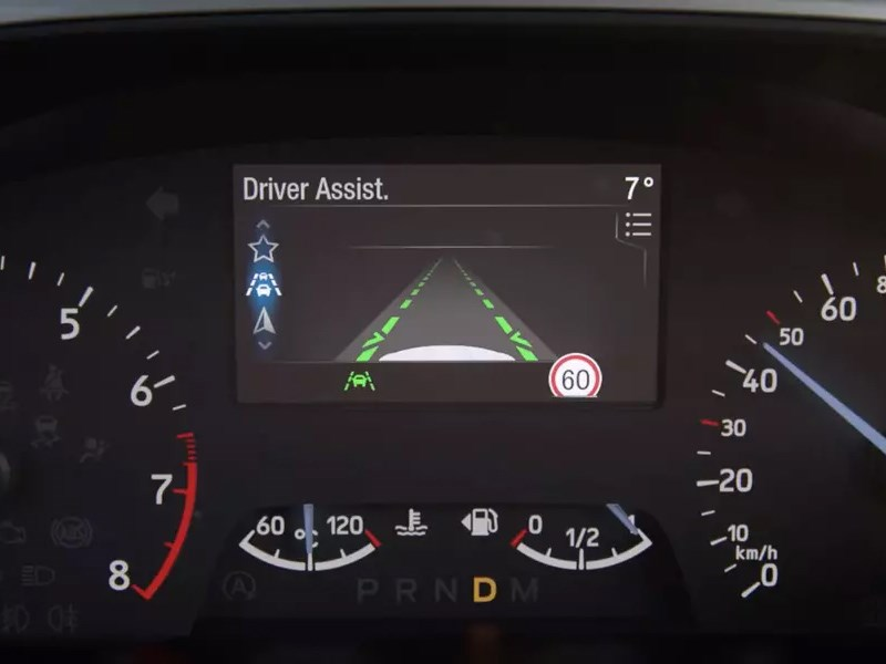 Автомобили Ford смогут различать границы дороги без разметки