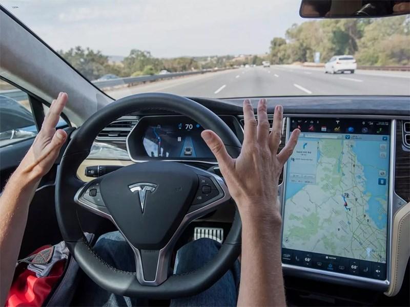 Илон Маск заявил, что полноценный автопилот увеличит цену любой Теслы вдвое Фото Авто Коломна