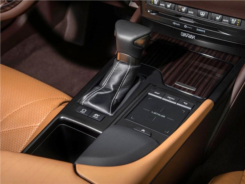 Lexus ES (2019) АКПП