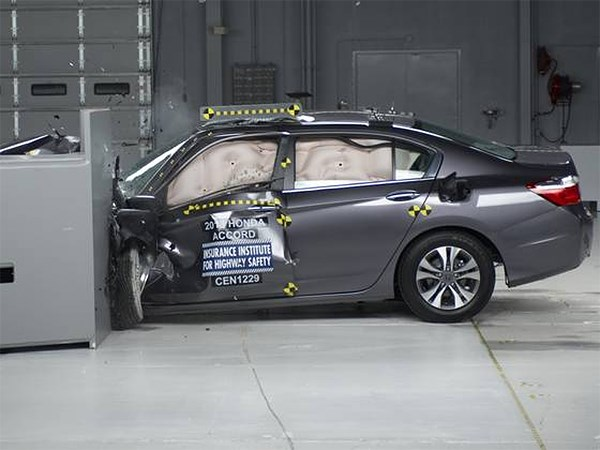 Американцы назвали самые безопасные из современных автомобилей