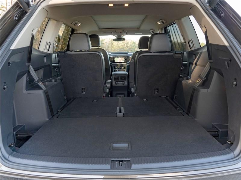 Volkswagen Teramont (2018) багажное отделение