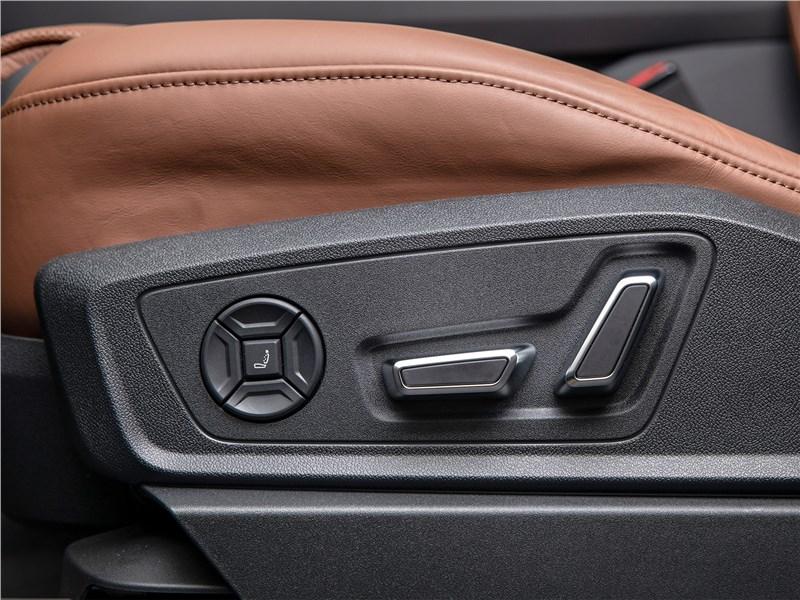 Audi e-tron Sportback (2021) кресло