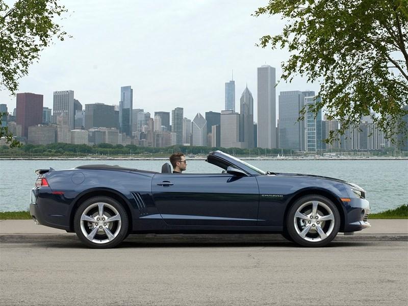 Обновленный Chevrolet Camaro получит модификацию с открытой крышей
