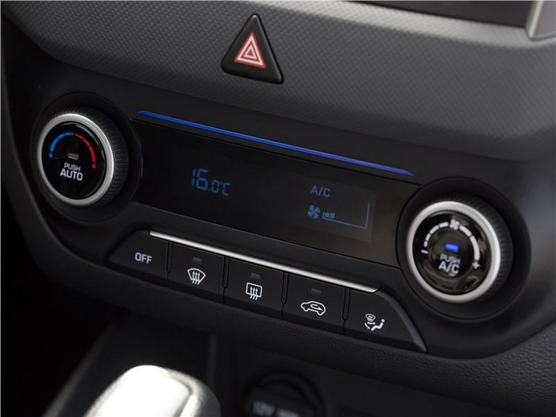 Hyundai Creta 2016 управление климатом