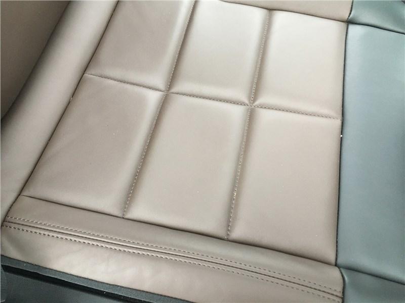 Citroen C5 Aircross 2020 передние кресла
