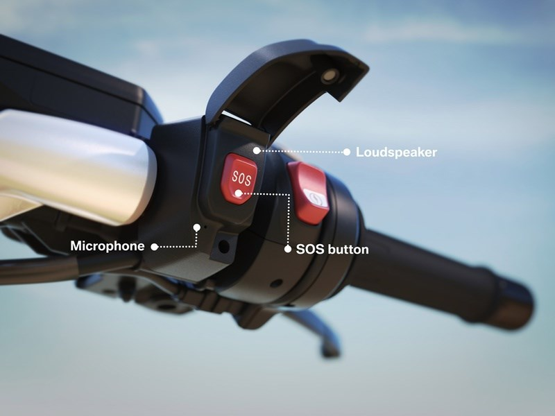 BMW показала интеллектуальную систему экстренного вызова помощи для мотоциклистов