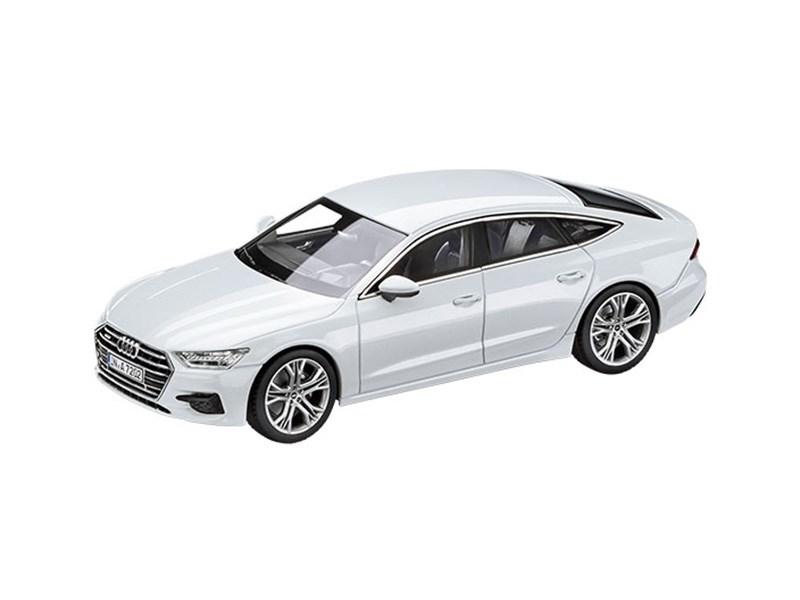Audi показала новую А7 Sportback в масштабе