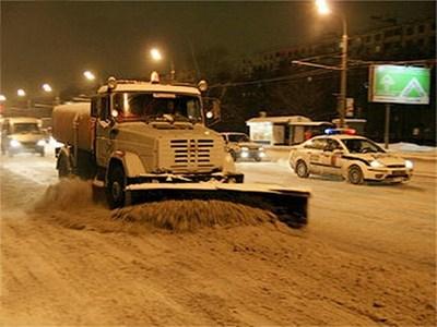 Глава Росавтодора отметил, что дорожные службы среагировали на снегопад недостаточно оперативно