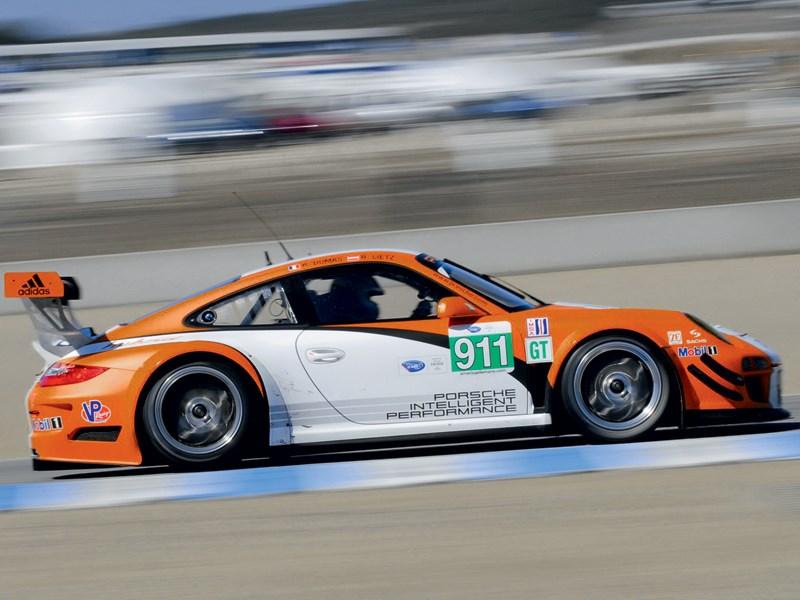 Porsche 911 GT3 R Hybrid 2.0 2013 вид сбоку