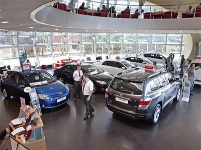 Депутаты могут запретить называть в рекламе автомобилей стоимость базовой версии