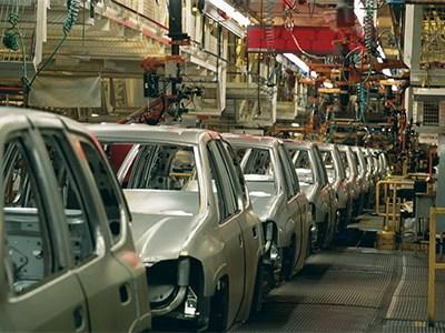 Производство автомобилей в России в январе сократилось на 14%