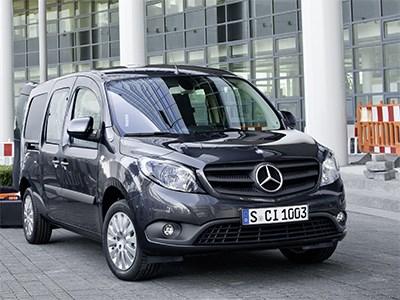 В России появилась первая бензиновая модификация фургонов и микроавтобусов Mercedes Citan