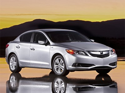 Acura отзывает более 14 тысяч своих автомобилей
