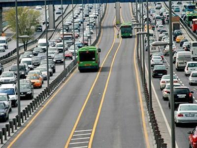 На российских магистралях появятся выделенные платные полосы