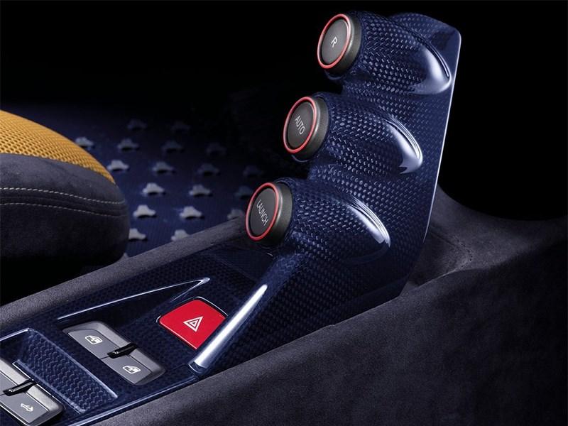 Ferrari 458 Speciale A 2014 тоннель