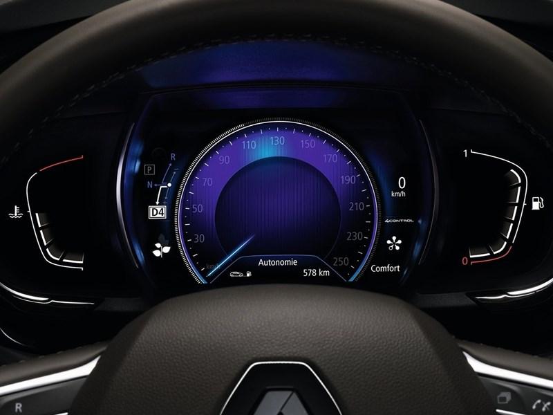 Renault Espace 2015 приборная панель