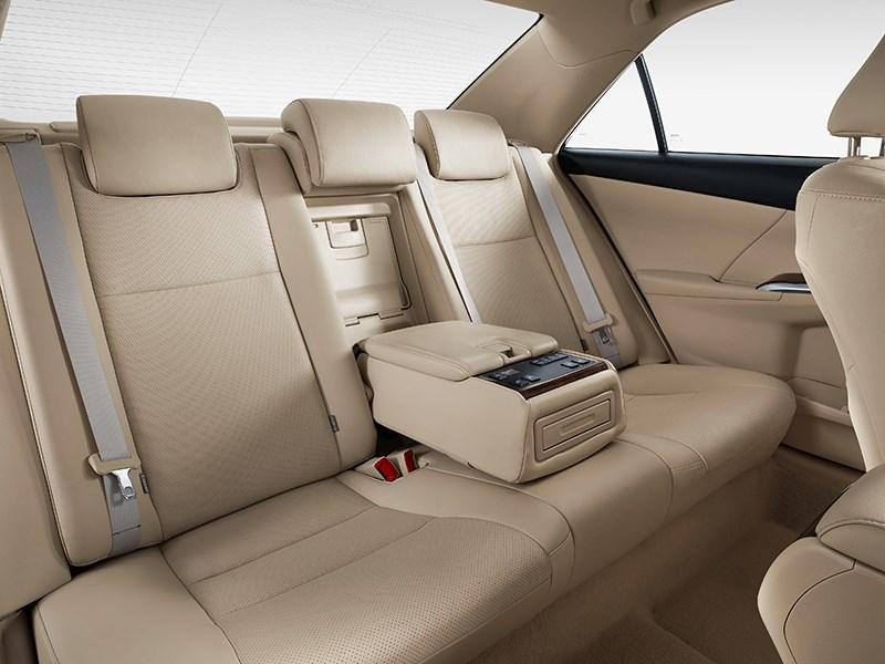 Toyota Camry 2014 задний диван