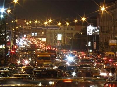 Специалисты предупреждают москвичей о грядущих пробках