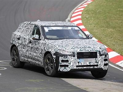 Кроссовер Jaguar F-Pace проходит тесты на трассе Нюрбургринг