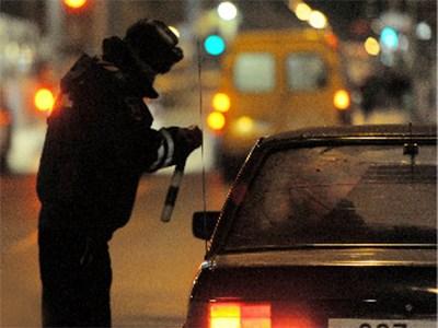 Водитель BMW сбил троих полицейских на Кутузовском проспекте