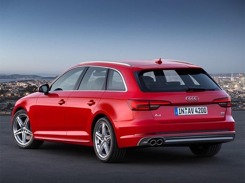 Audi A4 Avant 2016 вид сзади