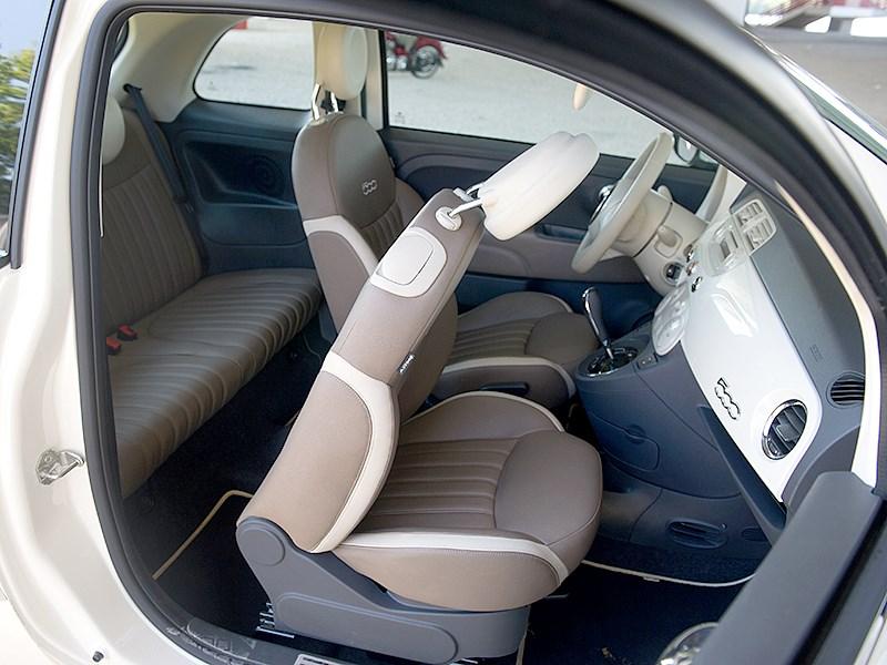 Fiat 500 2011 передние кресла