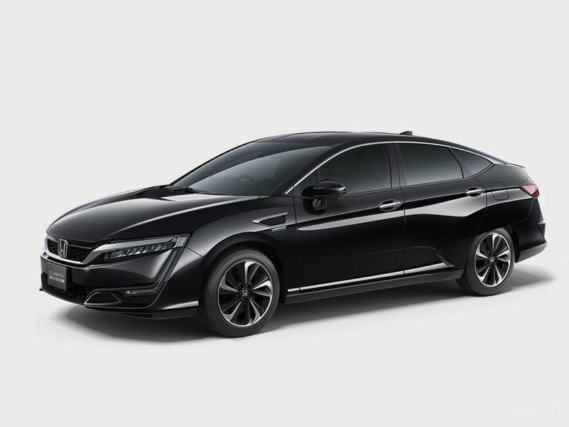 Honda Clarity Fuel Cell 2016 вид сбоку