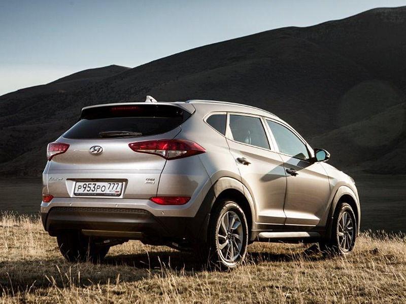 Hyundai Tucson 2016 вид сзади