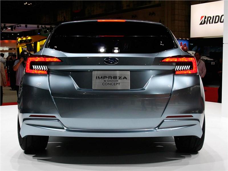 Subaru Impreza 5-Door concept 2015 вид сзади