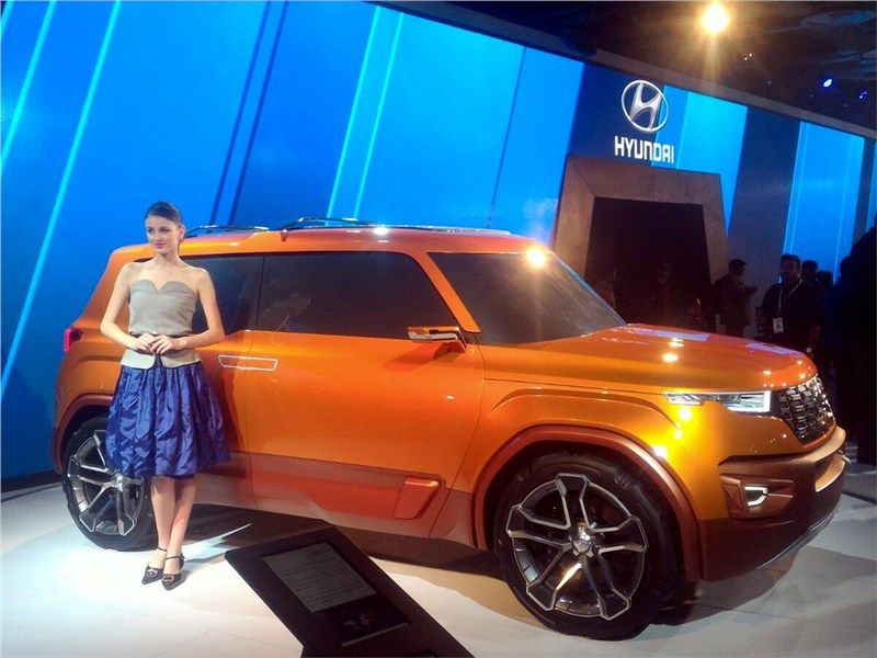 Hyundai Carlino concept 2016 вид сбоку спереди