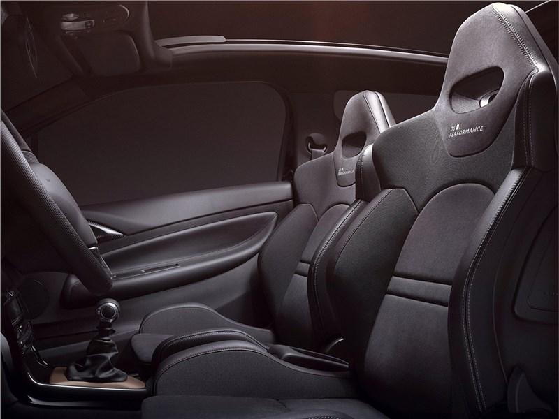 Citroen DS3 2016 передние кресла