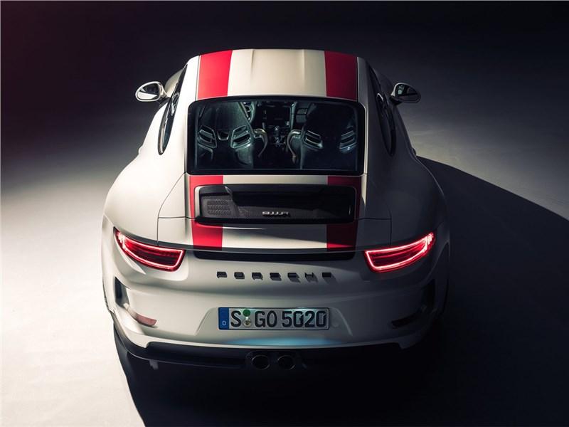 Porsche 911 R 2017 вид сзади