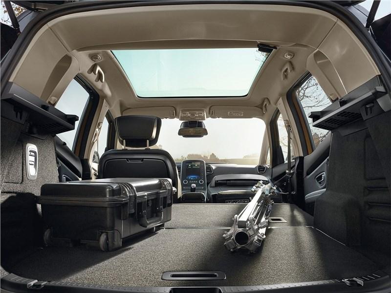 Renault Scenic 2017 багажное отделение