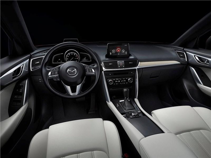 Mazda CX-4 2017 водительское место