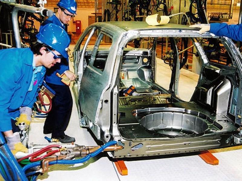 Российский автопром бьет рекорды по выпуску «Легковушек»