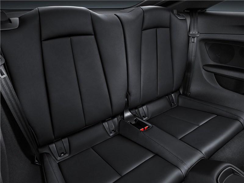 Audi TT RS Coupe 2017 задний диван