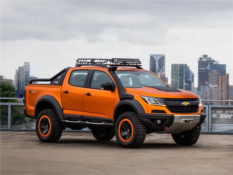 Chevrolet Trailblazer 2016 вид спереди сбоку
